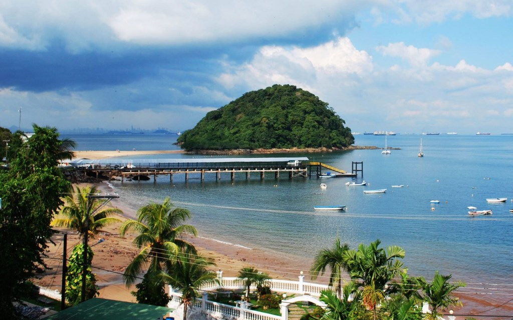 Beautiful Beaches in Panama Isla Contadora