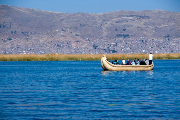 LAKE TITICACA Best Beautiful Lakes From Around The World