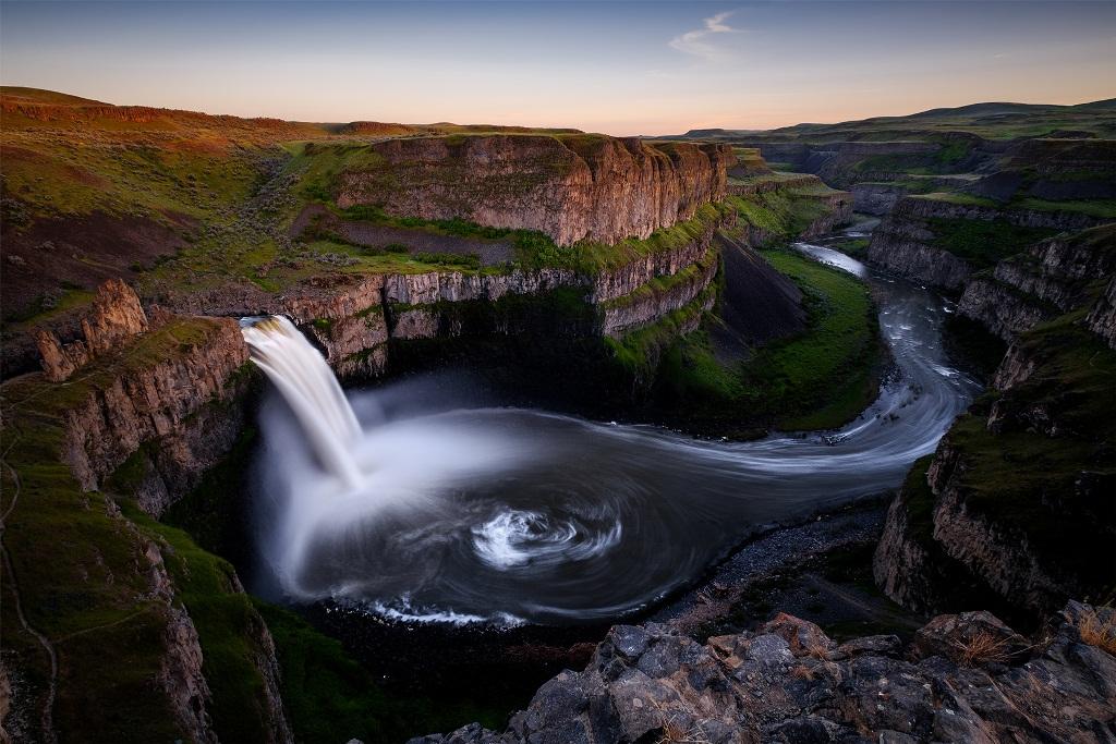 Palouse Falls Official waterfall of Washington State