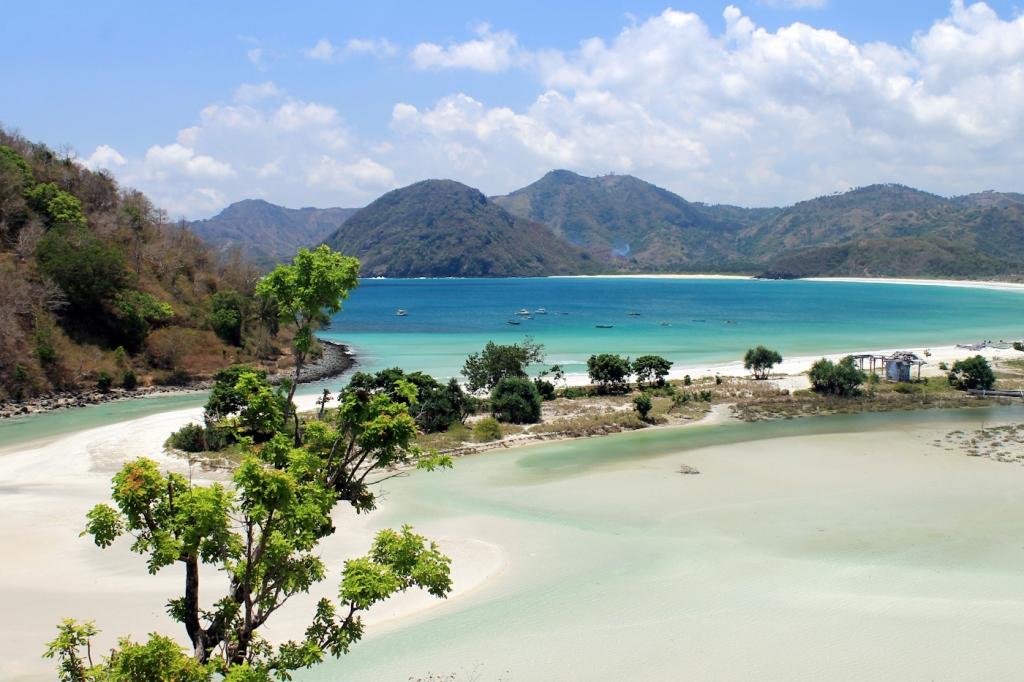 Selong Belanak Beach Lombok